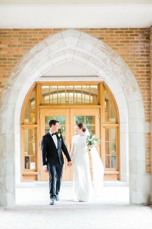 Classic-Meets-Contemporary Iowa Wedding