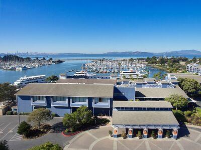 The Doubletree by Hilton Berkeley Marina