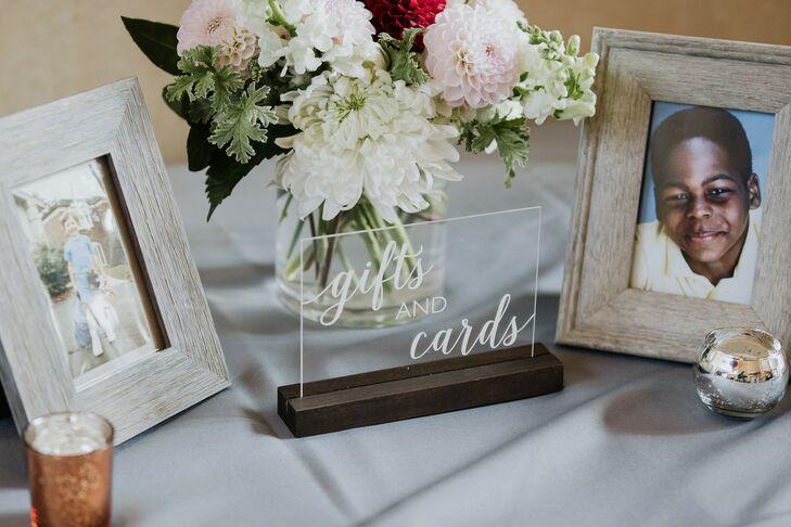 Acrylic Gift Sign for Wedding at Prisidio Golf Course in San Francisco, California