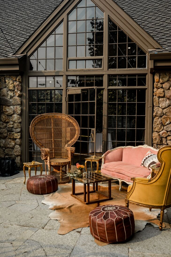 Rustic and Vintage Lounge Furniture