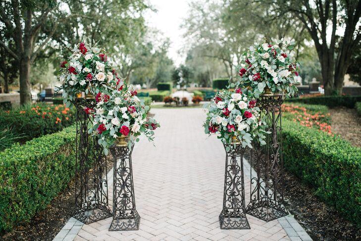 Entrance Decor for Garden Venue