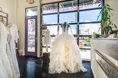 Bridal Salons In Salem Or The Knot