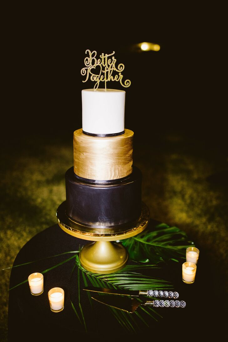 Black-and-Gold Cake at Palm Springs Wedding