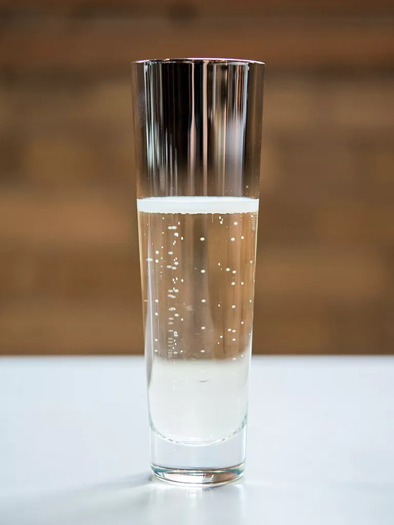 stemless ombre effect champagne flute