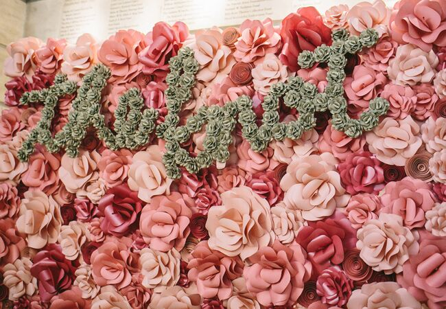 Paper Flower Photo Booth Backdrop   Readyluck   Blog.TheKnot