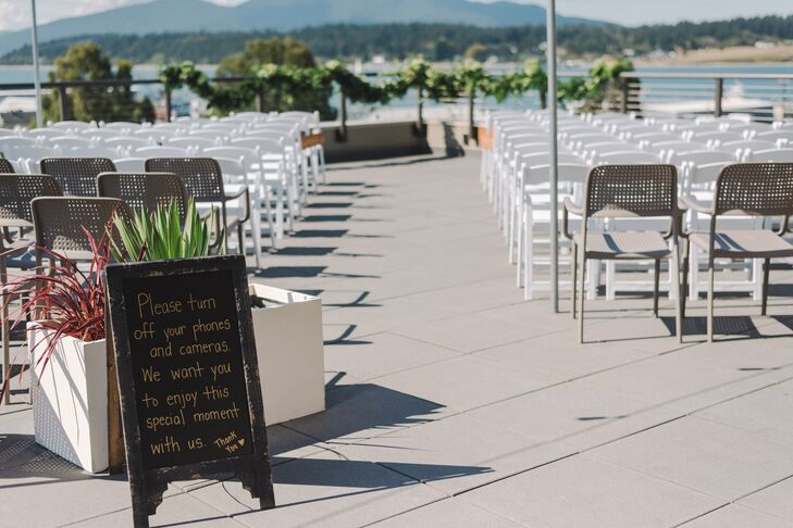 Guests enjoyed a spectacular view of the San Juan Islands as Vanessa and Jonathon said their vows at Majestic Inn and Spa in Anacortes, Washington.