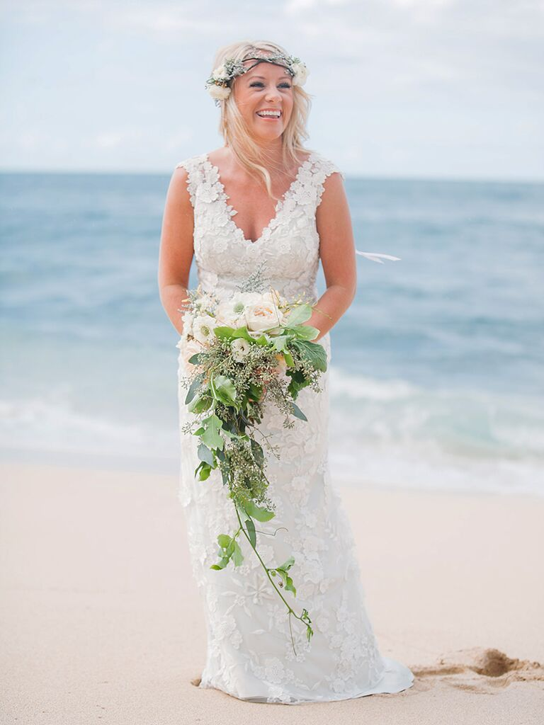 16 Simple Beach Wedding Dresses