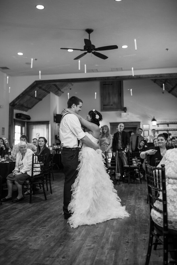 April and Jordan knew immediately that they wanted I Don't Mind by Defeater to be their first dance song. I have a recording from a few years ago of Jordan singing it to me in the car. It has always made me cry. I knew that one day it would be our wedding song. says April.