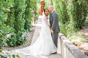 Elegant White Monique Lhuillier Wedding Dress