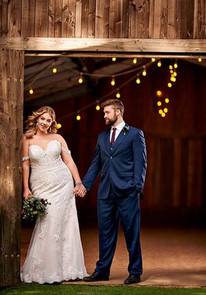 Essense of Australia D2487+ Wedding Dress