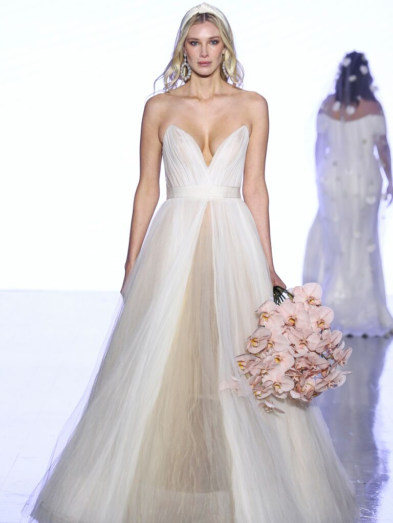 Watters Fall 2019 Bridal Collection strapless two-tone wedding dress with sweetheart neckline