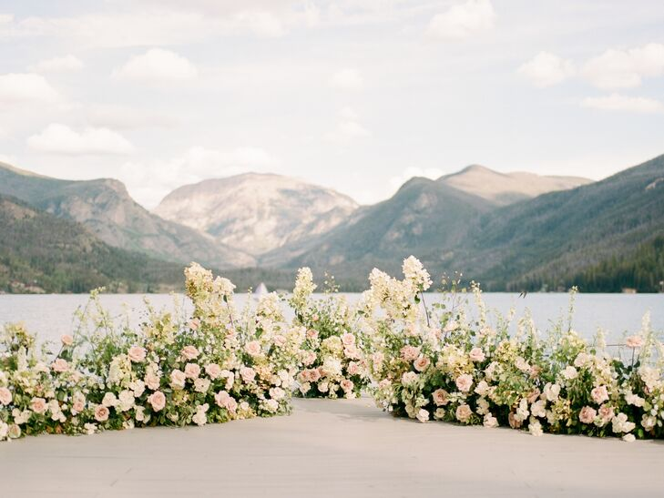 Romantic Mountain and Garden Rose Backdrop