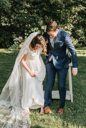 Couple Break the Glass During Jewish Wedding in Reading, Massachusetts