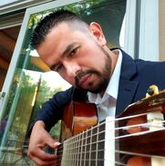 Albuquerque, NM Classical Guitar | Omar Villanueva Guitarist