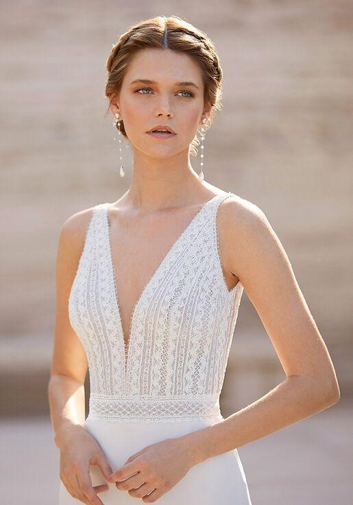 Rosa Clará Couture ESPEL Sheath Wedding Dress