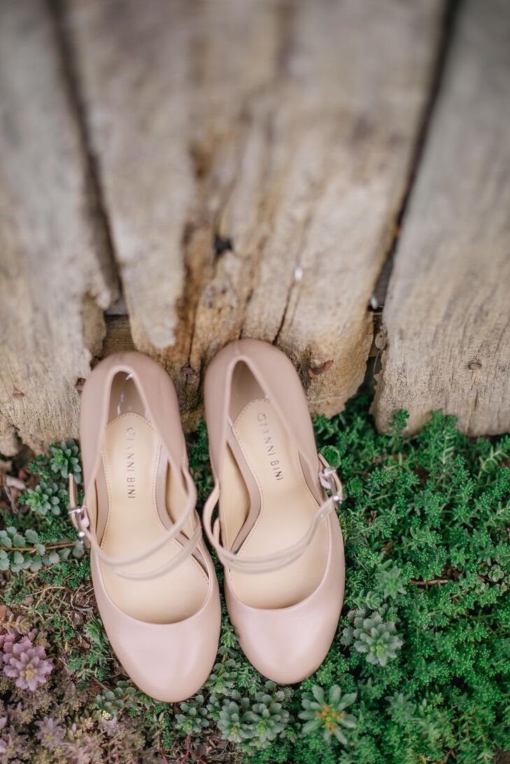 Gianni Bini Neutral Bridal Shoes