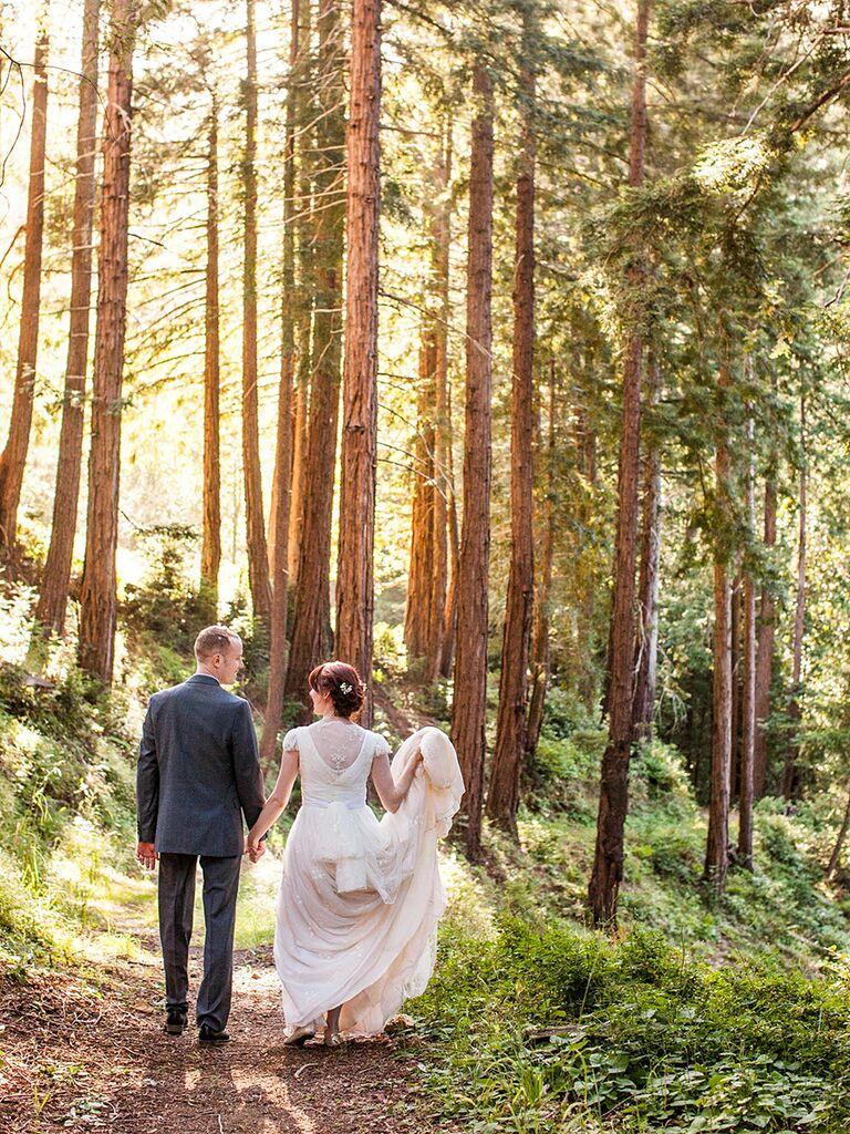 Golden hour couple pose idea for wedding day photos