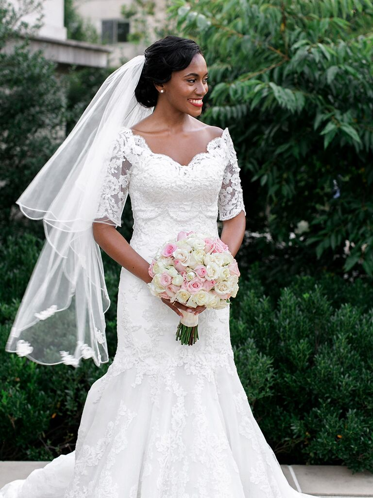 Classic wedding dress with lace sleeves