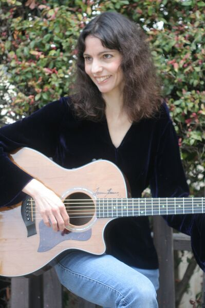 Helen Avakian - Acoustic Guitarist - Mineral Point, WI