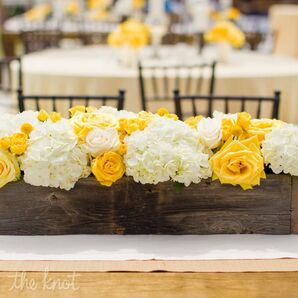 Boxed Yellow and White Centerpieces