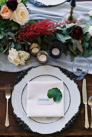 Romantic, Jewel-Tone Centerpieces