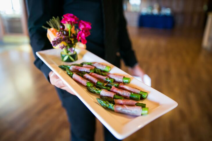 Appetizers included prosciutto wrapped asparagus, seared ahi tuna on wonton crisps, filo tarts with brie, Thai chili tiger prawns and a cheese station.