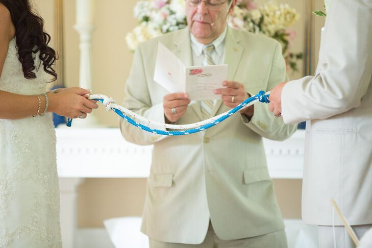 Instead of lighting a candle to symbolize their union, Katie and Erik opted to incorporate a knot tying tradition into the ceremony.