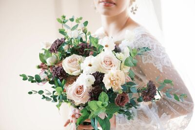 Oak and Willow Floral Design LLC