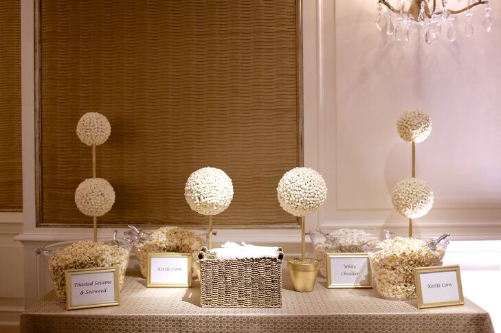 For their favors, Chloe and David set up a popcorn bar, complete with popcorn topiaries.
