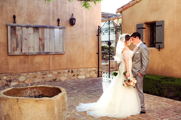 Nicole Carpenter (25 and a medical aesthetician) and Derek Formsma (30 and a sales manager) toured Silverleaf Club in Scottsdale, Arizona, with Derek'