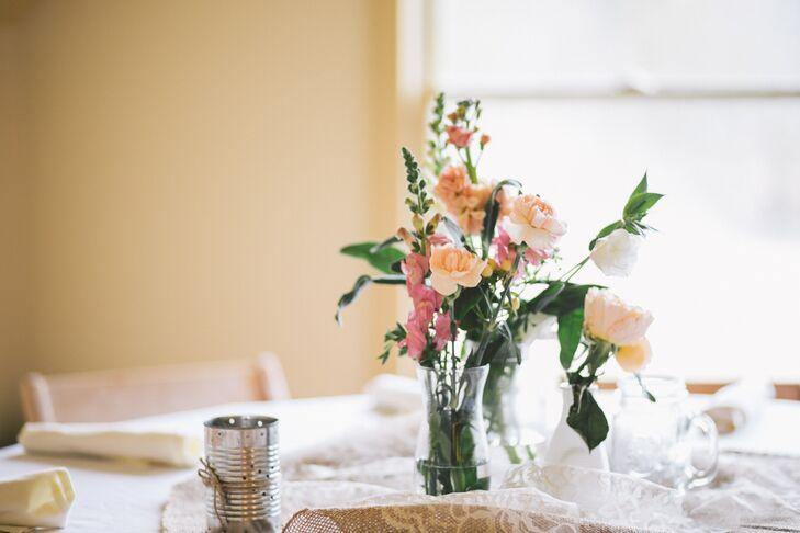 Simple Mixed Peach Flower Arrangements