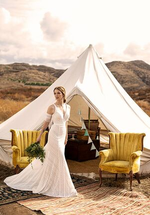 All Who Wander Lana Wedding Dress