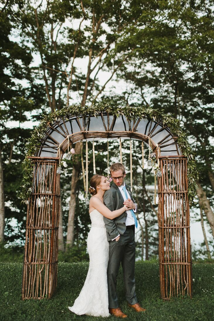 Having spent their first vacation together in Maine, Emily Chessin (31 and a sustainability consultant) and Kyle Muther (30 and a consultant) knew it