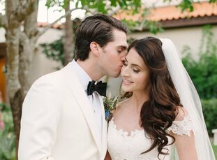 When choosing wedding colors, Abigail Conrad (27 and an esthetician) and Alden Carrere (28 and an investment banker) found themselves moved by the col