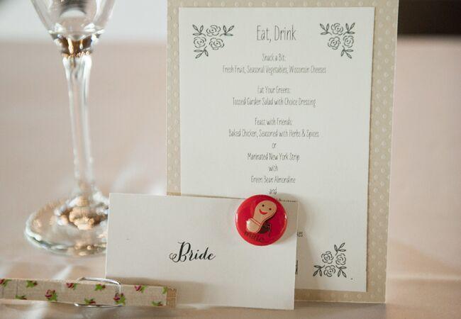 DIY clothespin wedding ideas: Kate Bentley Photography / TheKnot.com