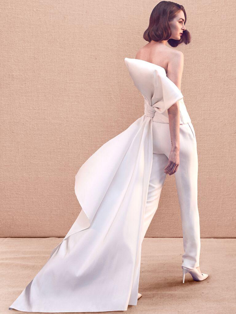 Oscar de la Renta Spring 2020 Bridal Collection bridal look with oversize back bow train