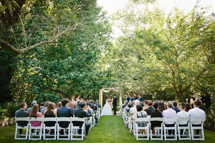 Outdoor Ceremony at the Inn at Fernbook Farms in Chesterfield, NJ
