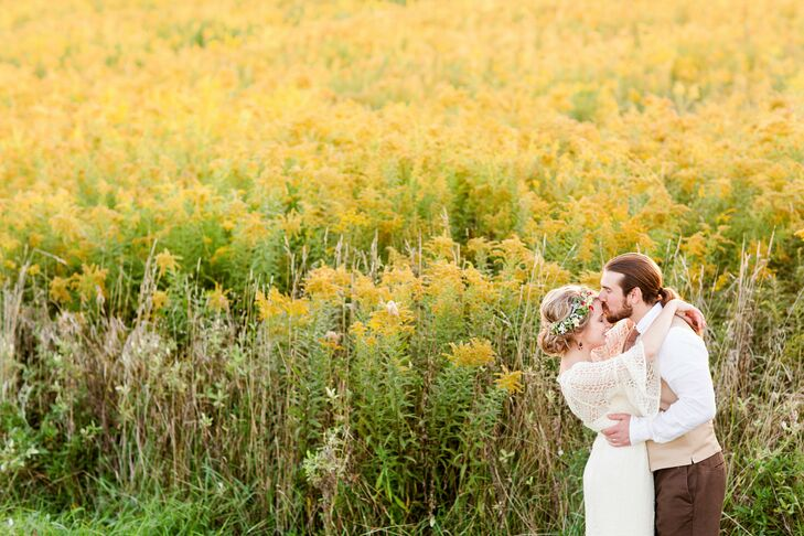 With no specific palette or theme in mind, CarlynKachurek(27 and a wedding and lifestyle photographer) and Ben Pecch