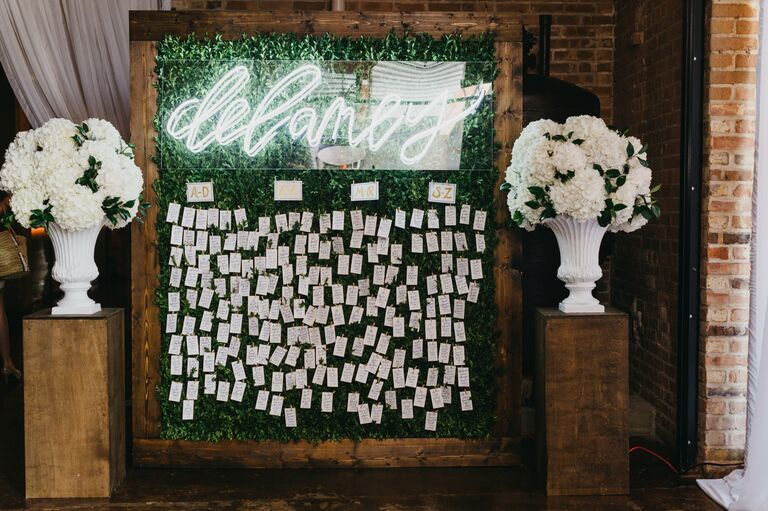 Winter wedding ideas neon sign at winter wedding junglespirit