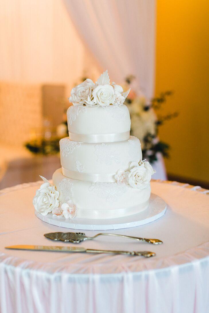 Romantic Ivory Lace Wedding Cake