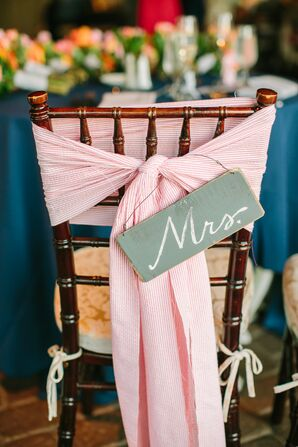 Mrs. Chair Sign with Pink Bow