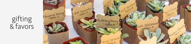 wedding gift and favor vendors with principles