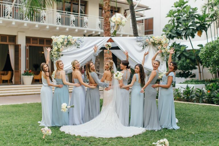 Kelly Kruger and bridesmaids at her wedding in Honolulu, Hawaii