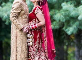 Supreet Sandhu (30 and a medical office manager) and Nishan Mahbubani (31 and a product owner) wanted a conventional Indian wedding, but the pair also
