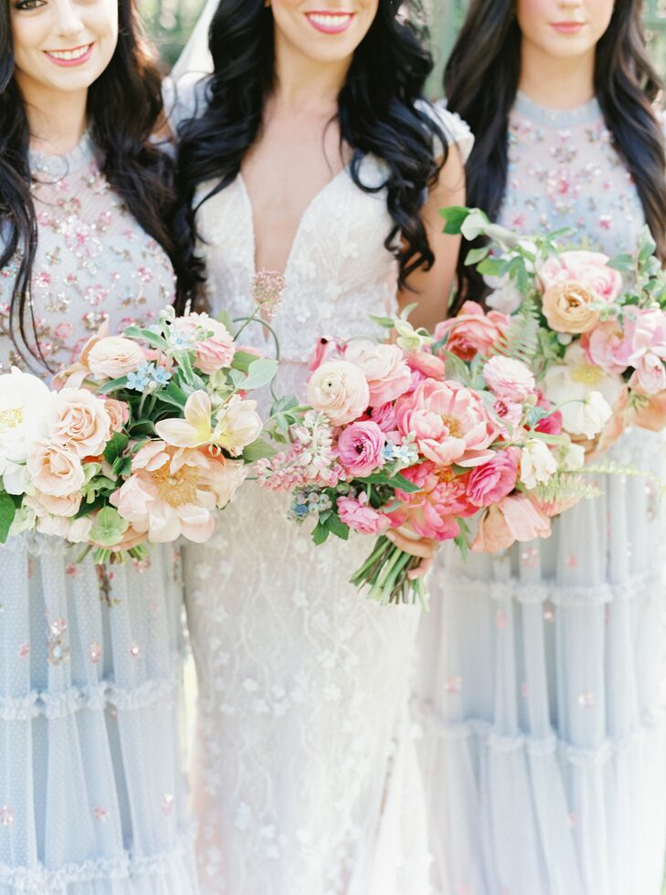 Vibrant Pink Bouquets for Pennsylvania Wedding