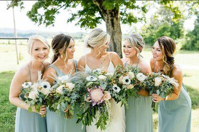 String of Pearls Wedding Flowers