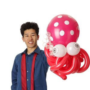 San Francisco, CA Magician | Perry Yan Magic & Balloons (165 reviews on Yelp)