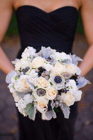 Anemone and Rose Bouquet With Hypericum Berries