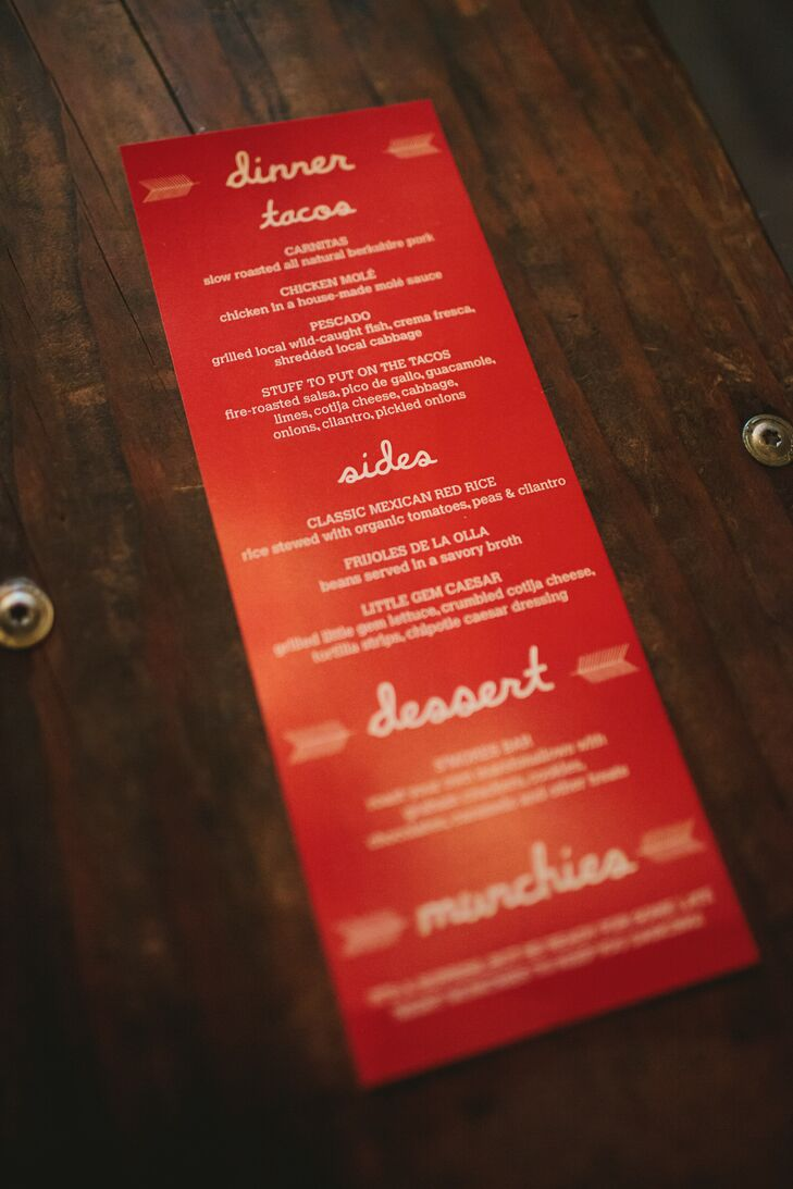 For dinner, the couple served a food truck taco bar along with 12 deep dish pizzas (Megan is from Chicago after all!). The menu was displayed on a bold red card decorated with whimsical typography and bohemian feathers.