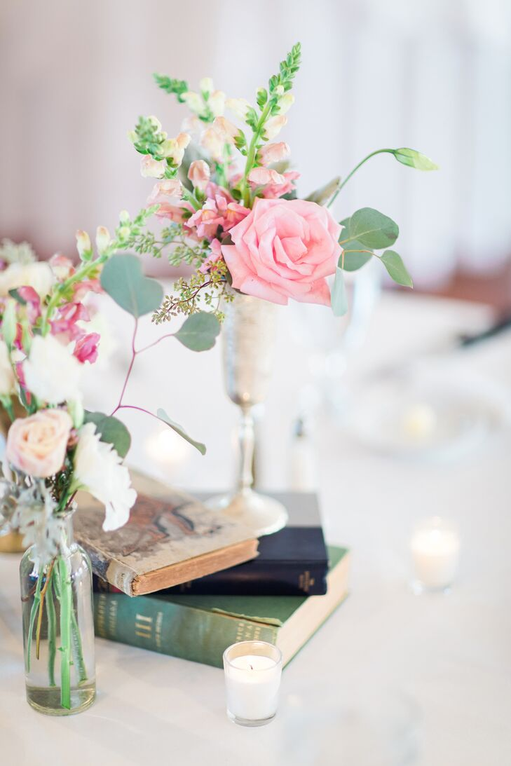 Simple Book and Floral Centerpieces in Bulb Vases